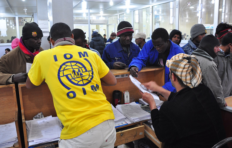 Migrants from Libya receive assistance from IOM